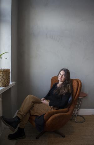 När Christel Schröder väntade sin första dotter stod valet att flytta till Åre eller till Sundsvall. Det blev det senare för att komma nära familj, släkt och vänner.