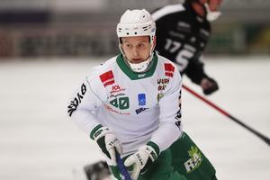 Adam Gilljam har ett år kvar på sitt kontrakt med Hammarby – om inte Ryssland kommer in i bilden.