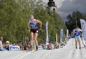 Maja Dahlqvist besegrar Matilda Högqvist Bandefur i Idresprintens kvartsfinal.