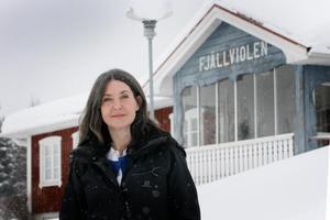 Eva Moén leder tisdagsträffarna på Fjällviolen i Storsjö.