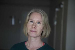 Ann-Kristin Mimmi Eriksson, doktor i hälsovetenskap, adjunkt i religionsvetenskap vid Högskolan i Gävle.  Foto: Britt Mattson, HiG
