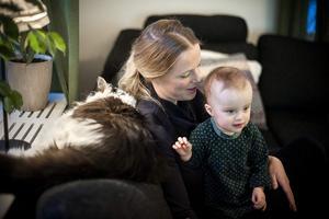 – När det gäller Ebba är jag bara hennes mamma nu, säger Therese Andersson, som till vardags jobbar som specialistläkare på kardiologen vid hjärtcentrum på NUS. Foto: Linda Eliasson / VK