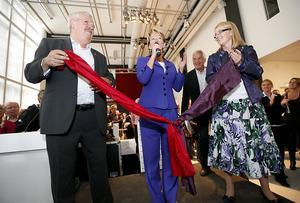 Ministern på plats. Kulturministern Lena Adelsohn Liljeroth invigde de nya lokalerna.