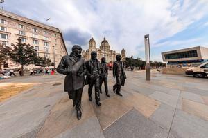 Skulptur av bandet The Beatles uppfördes 2015.   Foto: Shutterstock.com