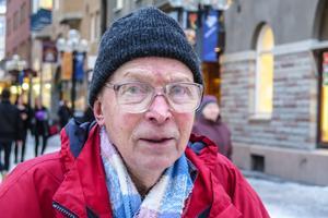 Ulf Nilsson, 82 år, Östersund: – Jajamensan. Är man pangad, alltså pensionär, då får man se till att kulorna räcker. Det går inte att köra på i full fart.