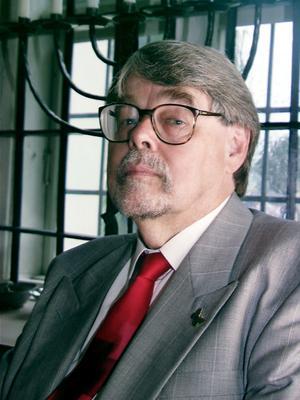 Kulturpersonligheten Bo Strömstedt har avlidit i en älder av 87 år.