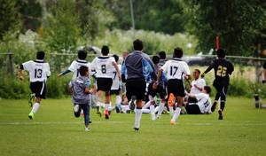 Jublet nådde inga gränser när Intercups vann i förlängning.