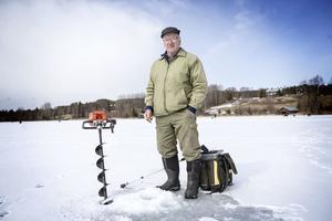 Fiske är den stora passionen För Elis Eriksson från Brunflo, som brukar besöka Boggsjö för påskens pimpeltävling.