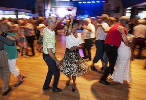 Dans på dansbana ett i Orrskogen.