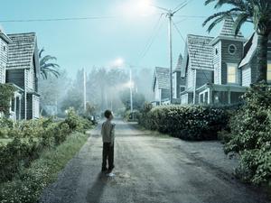 Insomniac skildrar upplevelsen av hur en plats kan förvandlas nattetid.