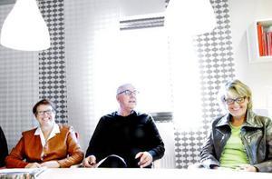 Agneta Gabrielsson (FP), Göte W Swén (M) och Maria Söderberg (C) är mycket nöjda med hur de styrt Krokoms kommun de senaste fyra åren. De vill fortsätta vid makten och tänker bland annat satsa på fler datorer i skolorna.