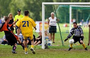 Mål! Borlänge United gör här mål mot italienska A.S Prometeo i den funktionshindrade klassen.