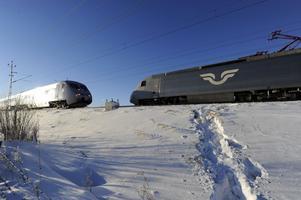 Tvärstopp. En nedriven kontaktledning i onsdags orsakade totalstopp för tågtrafiken genom Östergötland.