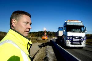 Enligt Kristofer Engstrand på Trafikverket fanns det liten möjlighet att få ersättning eftersom det suttit skyltar uppe. Men nu får åtminstone tre personer ersättning Bild: Mårten Englin