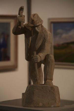 P Nilsson gjorde 1955 denna skulptur i gips.