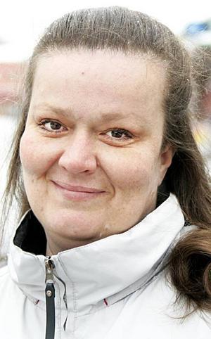 Cissi Johansson,40 år, Krokom:– Jag vill ge ett hjärta till alla som har betytt något för mig. Till mina två riktiga vänner, Anki och Lotta, till min sambo Ulf och till min dotter Paula.