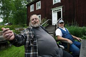 Anders Jäger och Kjell Nilsson har båda arbetet med renoveringen av Vikbron.