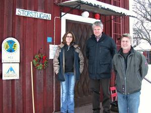 Ann Johansson och Anders Holmer lämnar över till Erik Lantz