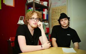 Andreas Jonsson till vänster och Simon Käthner tycker båda att rösträtten är en viktig del av demokratin och värd att värna om.