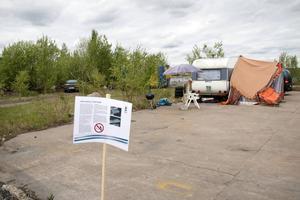 Den 31 maj ska området på Alderholmen hägnas in. Vart de som bor i husvagnar där ska ta vägen är det ingen som vet.