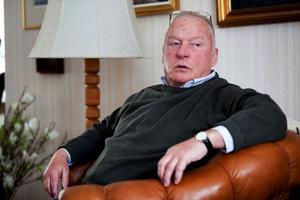 Modo Hockey ska stöttas av kommunen, enligt Tore Erkén.