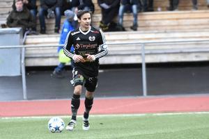 Tobias Lööf gjorde första hemmamålet på Hedens IP den här säsongen, men det blev ändå en ny förlust – denna gång mot Timrå med 2–1.