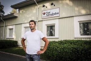 Hans Boberg är läkare och vd för Nya Närvården. Här vid företagets hälsocentral i Hoting.
