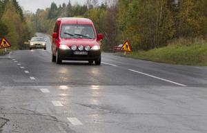 En stor del av förra årets asfaltspengar gick till att förbättra den bit av Bergsjövägen som nästa år ska anslutas till Ullsättersleden.