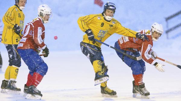 Klas Nordström i tröja nummer 9.