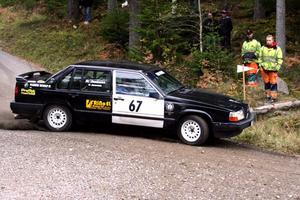 Patrik Jonsson från Nora MK har skruvat på sin Volvo hela veckan för att få den körklar till DM på hemmaplan.