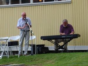 Bosse Tigrén på klarinett och Folke Westerlund på piano stod för musiken.