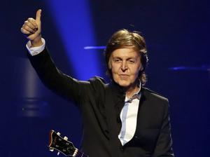 Paul McCartney har varit i studion. Resultatet kommer i oktober.