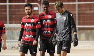 KFF har tuffa veckor kvar av säsongen för att klara kontraktet i division 3.