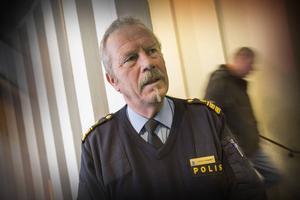 Polisens presstalesman, Stefan Dangardt, säger att agerandet från Nordiska Motståndsrörelsen är en tillståndspliktlig demonstration.