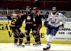 I matchen mot Linköping började det gå snett och nu skiljs lagen åt i spelargången.