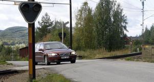 Plankorsningen i Råggärde, Tallåsen, ska göras om så att det blir säkrare att passera för långa, tunga fordon.