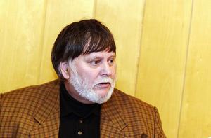 Warren Willey blev trots oppositionens motstånd framröstad som majoritetsråd. Foto: Johan Lundahl/Arkiv