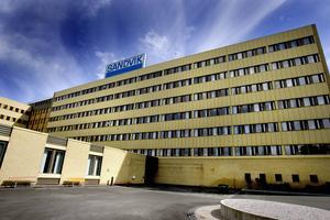 Fabriken i Sandviken får ta över en del av produktionen från Köping.