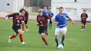 Mattias Sundberg och Skinnskatteberg går som tåget i division 5.