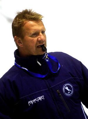 Tillbaka i Leksand. Efter två sejourer i Falu IF och en i Brynäs är Tomas Jonsson tillbaka som assisterande tränare i Leksands IF.