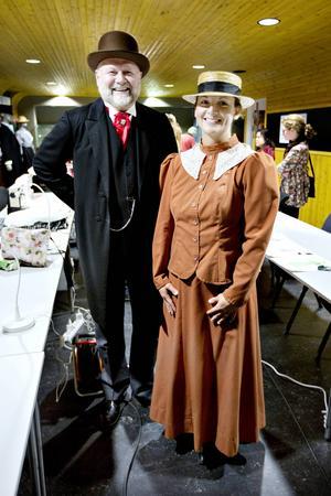 Peter Iller och Helena Skärström från Järnvägsmuseet hoppas att det är många som kommer och