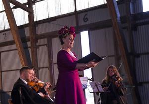 Sopranen Ann-Marie Backlund bjöd bland annat på Hälsingesången i operatappning.
