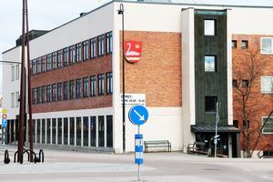 Skattekronorna till styrelser och nämnder i kommunhuset i Edsbyn är nu fördelade.