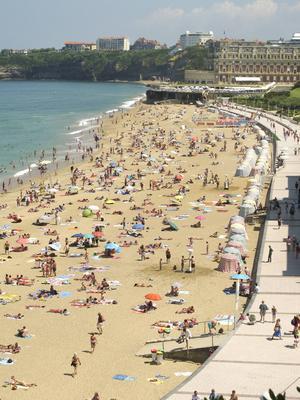 Citystranden i Biarritz är en av Europas bästa.    Foto: Annika Goldhammer