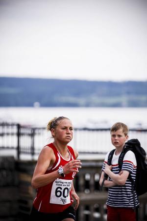 Ida Nilsson, Högby, vann damklassen i suverän stil. Tiden var 35.57 – nästan två minuter före tvåan, Jenny Rutström, Öbacka.