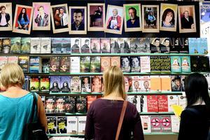 Pocketböcker på bokmässan 2015.