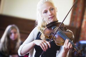 Lena Jonsson är en av kompositörerna bakom den vinnande melodin.