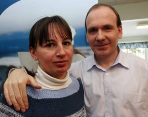 Rozsa Antunovics och Tamas Kmetovits lär sig snabbt svenska efter flytten från Ungern till Nälden.