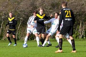 Matchen hade en del tuffa närkamper även om Brunflo under stora delar hade svårt att hänga med ÖFK:spelarna.