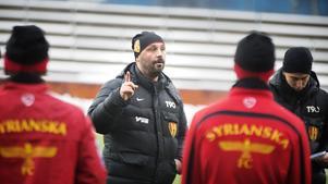 Bosko Orovic fyller på truppen med två spelare.